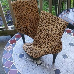 Cute Cheetah Boots